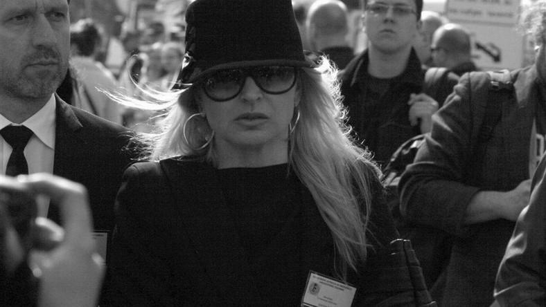 Monika Olejnik przywdziała żałobę