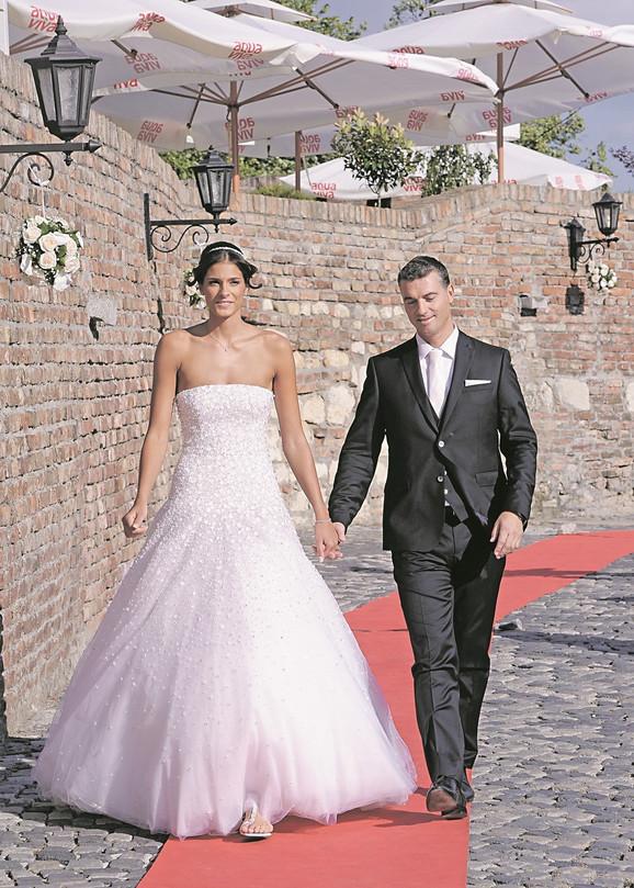 Jovana i Marčelo su bili u vezi šest godina. Odlučili su da na medeni mesec idu na Maldive