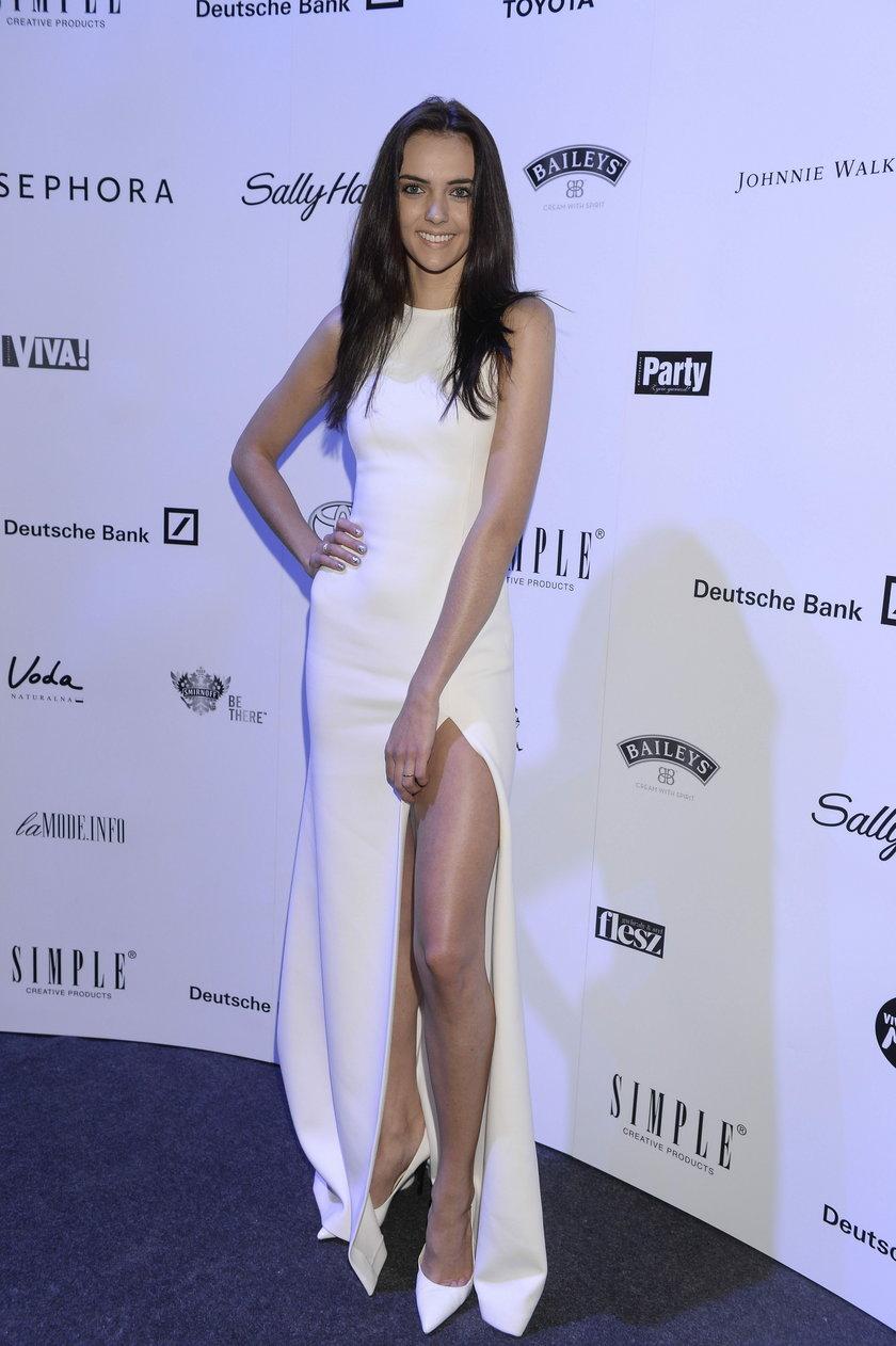 Marcela Leszczak w białej sukni