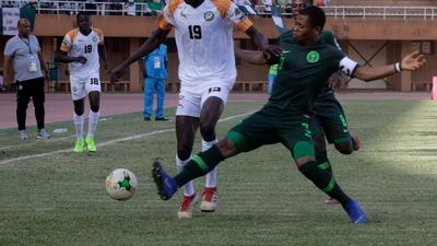 Gernot Rohr calls up Enyimba defender Ikouwen Udoh for Super Eagles games against Seychelles, Egypt
