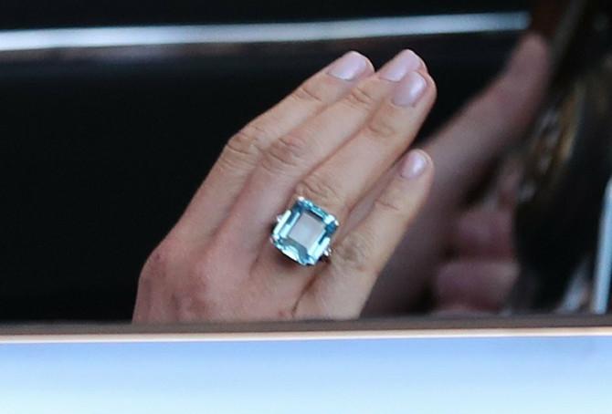 Pored velike materijalne vrednosti, prsten za kraljevku porodicu ima i veliku emotivnu priču