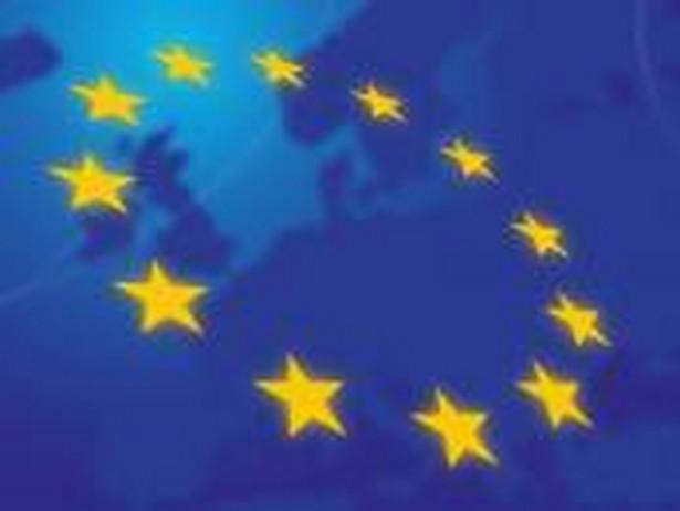97 083 taką liczbę praw ochronnych na znaki towarowe udzielono w trybie międzynarodowym (stan na 31 XII 2014 r.)