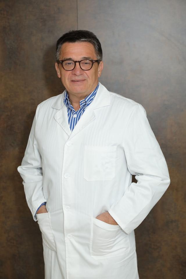 Prof. dr Tomica Milosavljević, internista-gastroenterohepatolog