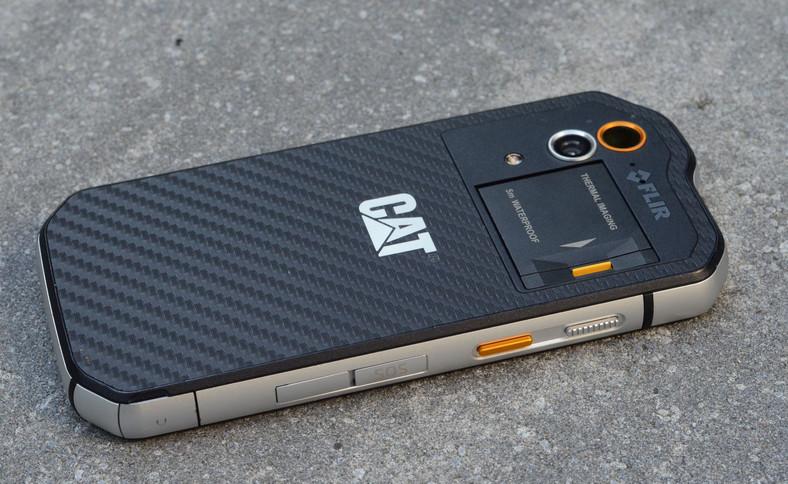 Smartfon pancerny CAT S60 - plecki