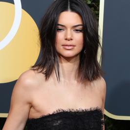 Złote Globy 2018: Kendall Jenner nie taka perfekcyjna. Ten makijaż zdradził wszystko