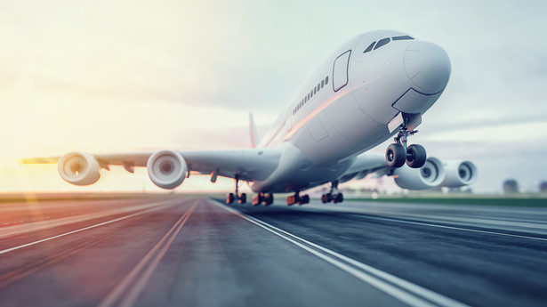 Ten rok jest dramatycznie trudny dla ruchu lotniczego - powiedział prezes Kraków Airport Radosław Włoszek.