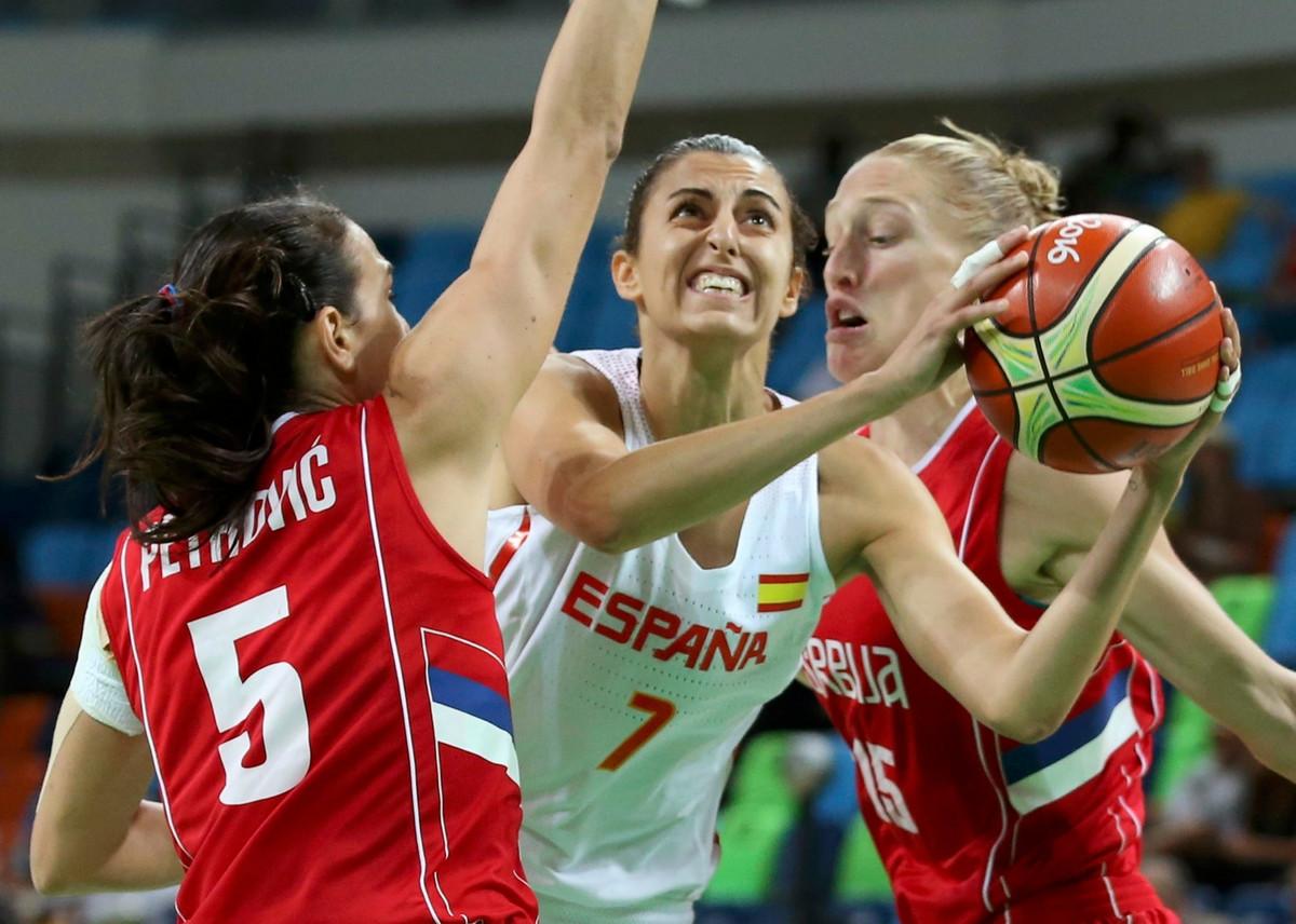 GLAVU GORE, DEVOJKE, JOŠ KORAK DO BRONZE Poraz košarkašica od moćne Španije, ali medalja je i dalje blizu
