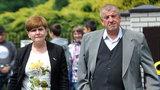 Tajemnice męża Beaty Szydło. Na tym zarabia