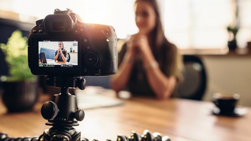 Polska Organizacja Turystyczna chce zaprosić do Polski wpływowych blogerów i youtuberów