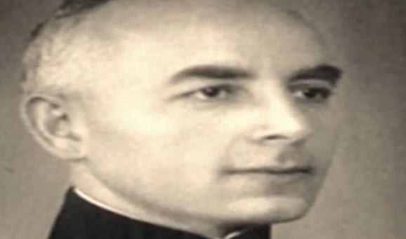 Dr David Albala