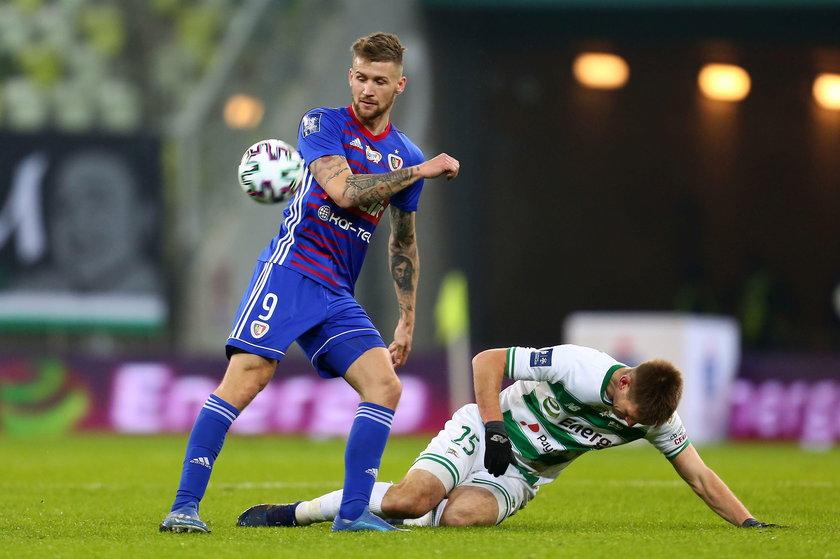 Mało brakowało, by napastnik Piasta Gliwice latem 2019 roku został piłkarzem włoskiego Frosinone.