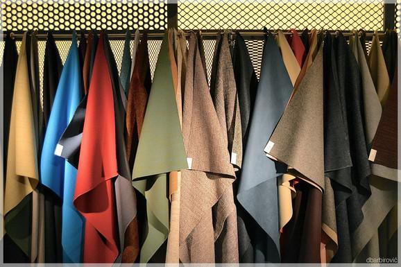 Cassina Contract, uzorci tekstila i kože