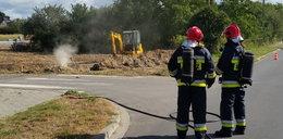 Koparka uszkodziła gazociąg. Wezwano strażaków