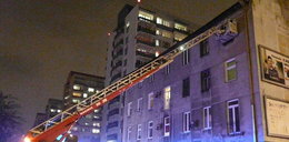 Strażacy weszli przez okno, a w mieszkaniu... zwłoki