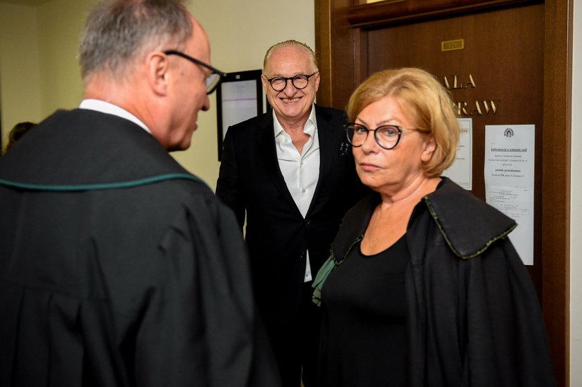 Andrzej Dużyński z prawnikami