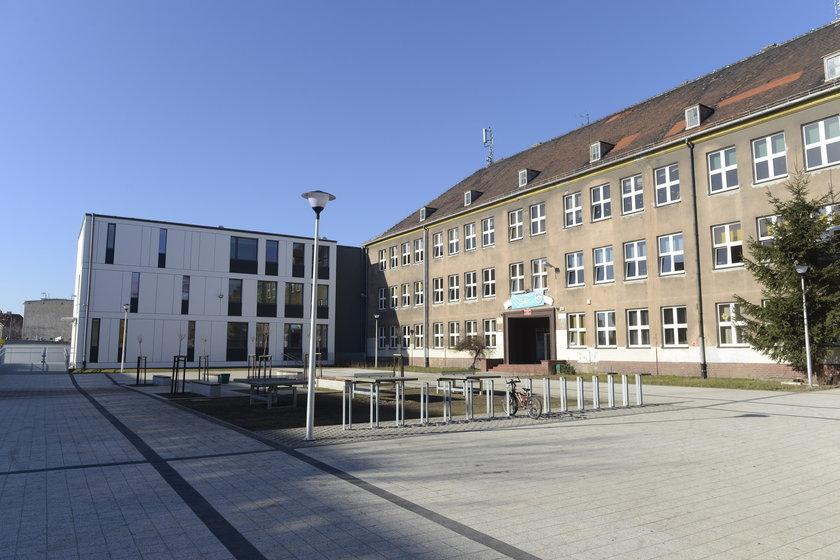 Szkoła Podstawowa nr 20 przy ul. Kamieńskiego we Wrocławiu