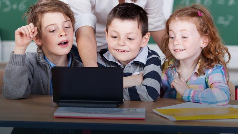 Prawie połowa dzieci i młodzieży chodzi na zajęcia dodatkowe