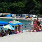 OPASNOSTI KOJE VREBAJU TURISTE Za sve one koji putuju u Grčku poslato upozorenje - ČUVAJTE SE KOMARACA