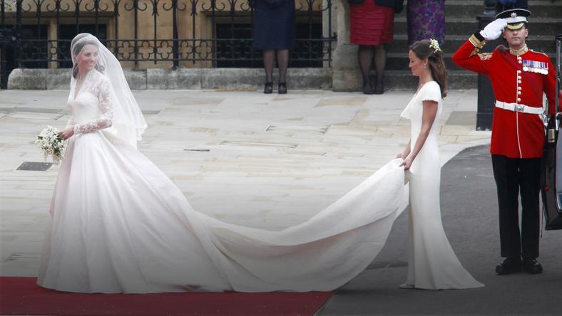 da740c5efa Suknie ślubne księżniczek. Suknie ślubne księżniczek. 16 Zobacz galerię