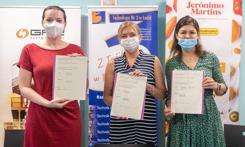 Technikum Nr 3 w Łodzi podpisało umowę o współpracy w zakresie kształcenia w kierunku logistyka z siecią Biedronka