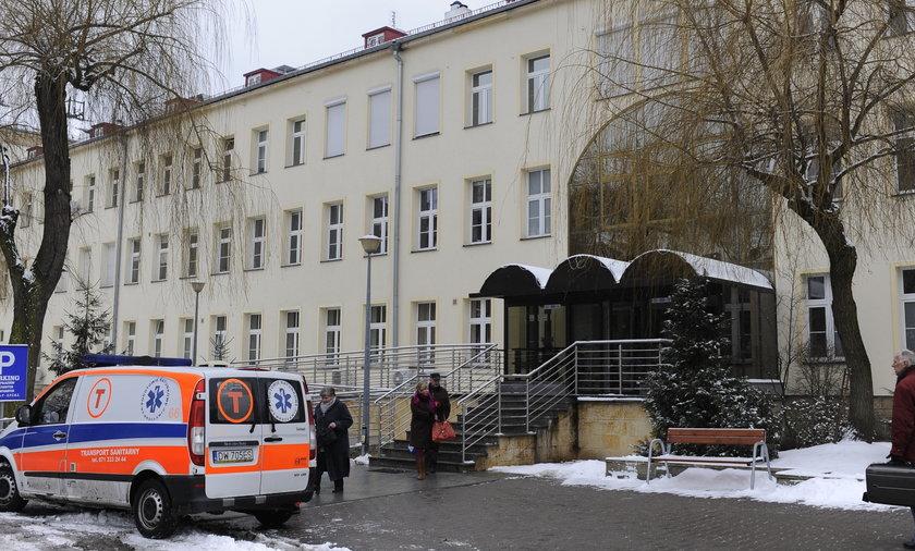 Szpital Wojskowy przy ul. Weigla zamknięty z powodu świńskiej grypy
