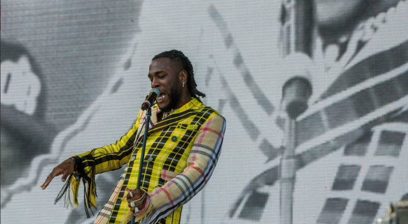 Burna Boy delivers colorful performance at Coachella 2019