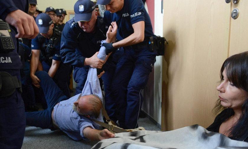 akcja policji w KRS