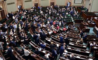 Sejm mocno kończy sezon: Zmiany w KRS i ustroju sądów powszechnych