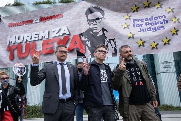 Demonstracja wsparcia dla sędziego Igora Tulei