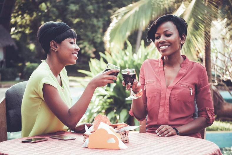 Red wine and dark chocolate can help correct hormonal imbalance in women - Image: Pexels