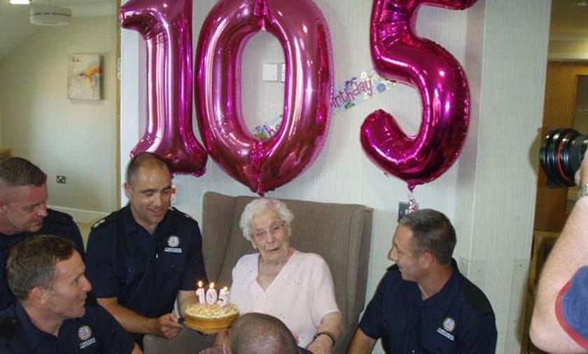 105-letnia Ivena Smailes spędziła w tym roku wyjątkowe urodziny