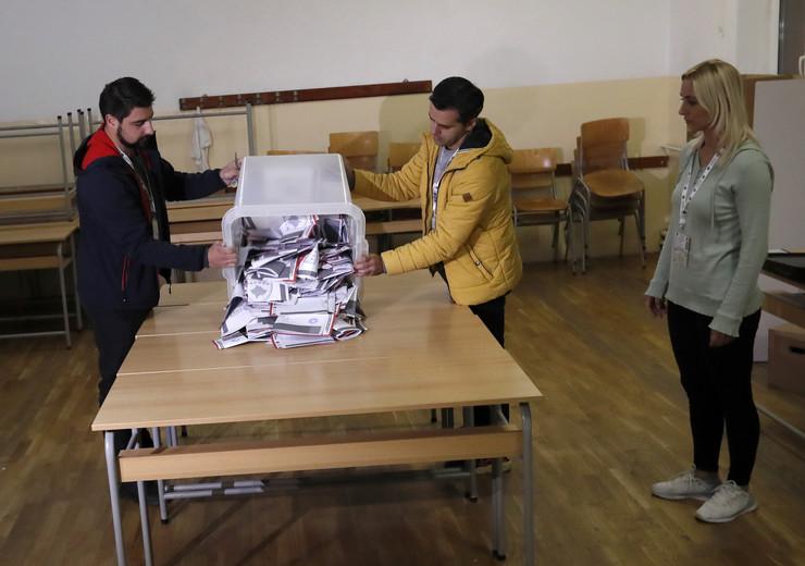 Kosovo, Izbori