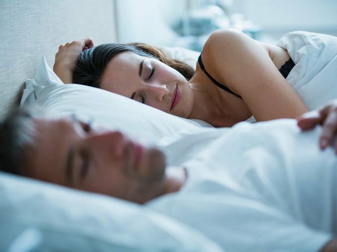 Mršavite spavajući: Dodatnih 90 minuta u krevetu zaustavlja želju za šećerom i ugljenim hidratima!
