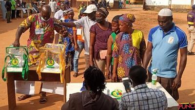 Lagos LG Polls: Card readers delay LASIEC officials