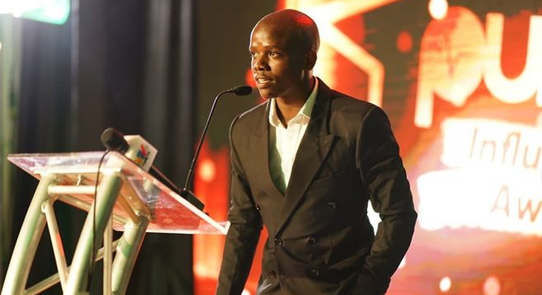 Kenya's Comedian of the Year Award winner Crazy Kennar giving his speech at the just concluded Pulse Influencer Awards