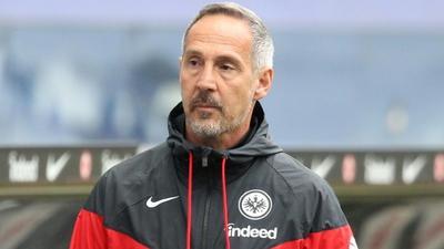 Frankfurt coach Huetter to take charge of Moenchengladbach next season