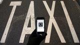 Taksówkarze chcą zablokować Ubera! Zmienią prawo?