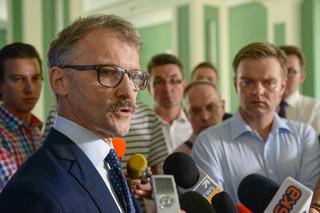 'Nie otrzymał zaproszenia, bo przebywa na urlopie'. Przewodniczący KRS o nieobecności sędziego Muszyńskiego na przesłuchaniu