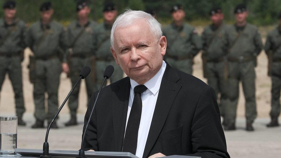Wiceprezes rady ministrów, przewodniczący Komitetu ds. Bezpieczeństwa Narodowego i Spraw Obronnych Jarosław Kaczyński
