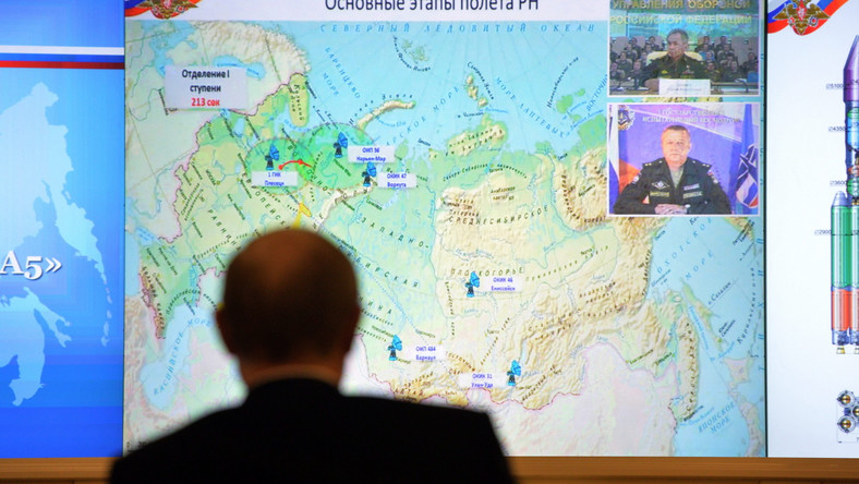 Władimir Putin ogląda start rakiety Angara na żywo