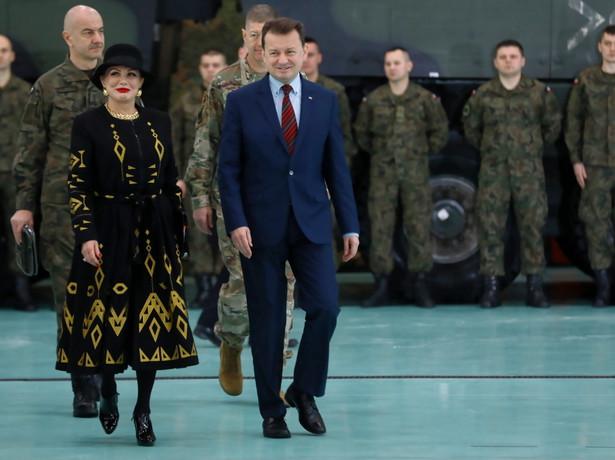 Polskie F-35 będą gwarancją naszego bezpieczeństwa, a także bardzo pozytywnie wpłyną na bezpieczeństwo państw w naszej części Europy, całej wschodniej flanki NATO - stwierdził w piątek szef MON Mariusz Błaszczak. Nie wykluczył, że Polska będzie współpracować z producentem F-35.