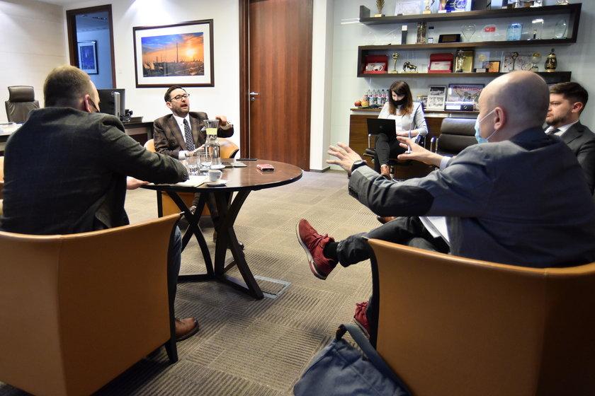 Daniel Obajtek podczas wywiadu dla Faktu