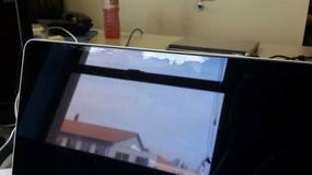 Wadliwa powłoka ekranów w MacBookach Pro