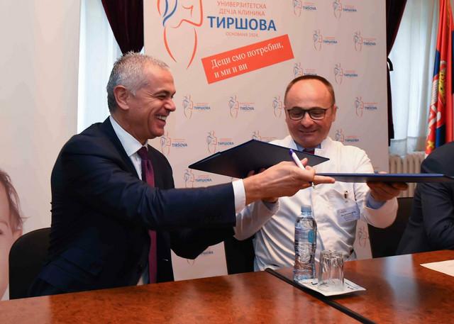 Direktor Crvene zvezde Zvezdan Terzić i direktor bolnice u Tiršovoj Siniša Dučić