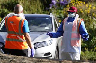 Koronawirus w Wielkiej Brytanii: Prawie 14 tys. nowych zakażeń koronawirusem