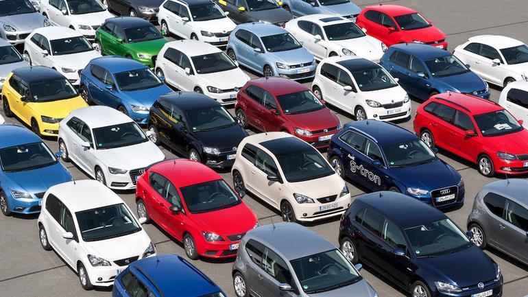 Sprzedaż nowych aut