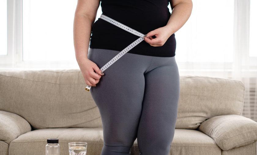 Nadwagę ma co najmniej trzech na pięciu dorosłych Polaków. Co czwarty jest otyły.