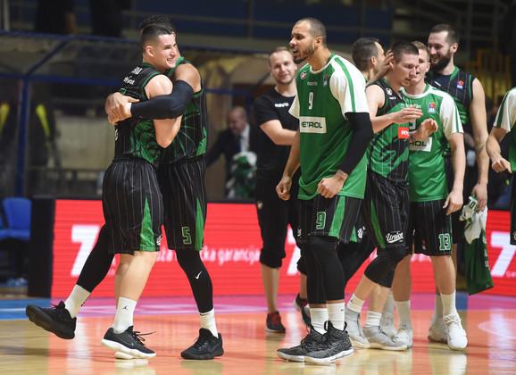 Košarkaši Olimpije neće doći u Beograd sa