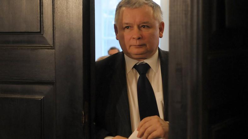 Lider PiS twierdzi, że przed komisją hazardową składano fałszywe zeznania.