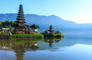 Deportacja z Bali za namalowanie maseczki na twarzy?